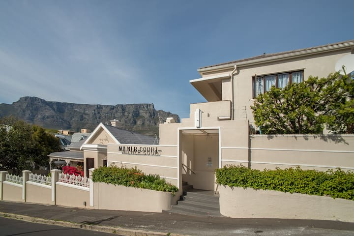 1 Milner Court Tamboerskloof.......the place to be