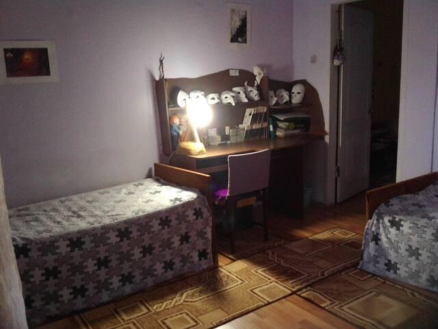 Auberge Théâtrale. Уютная комната.