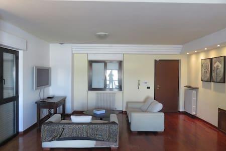 Splendito Appartemento vicino Montefalco - Cannaiola - Apartemen