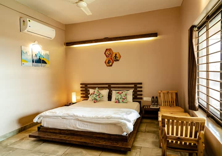 The Satpura Panchtatva Villa-Prithvi/Jal-FullBoard