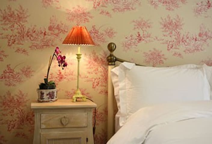 The Pink Snug Bedroom