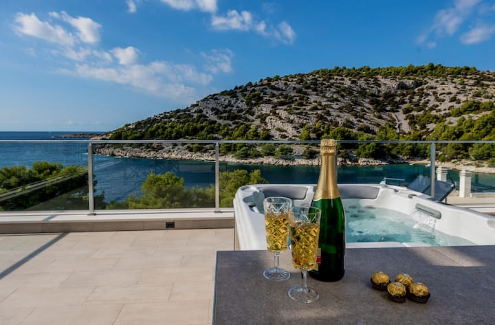 Villa Tatjana, Croatia Luxury Rent