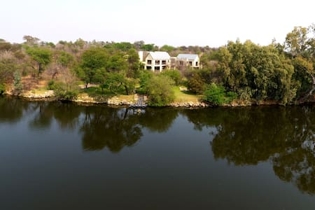 Luxury Vaal Gem, Peaceful , Wildlife  Estate