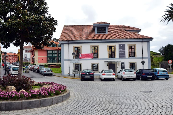 Apartment 3 rooms next to the Anton Museum