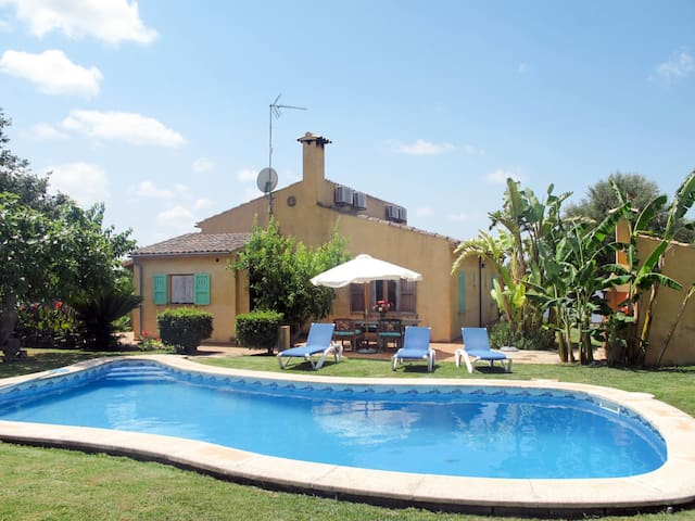 Holiday home in Sta. Margalida for 6 persons