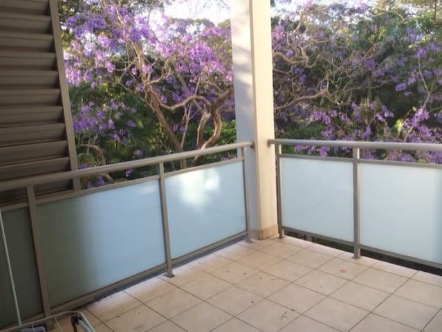 Close to Roseville and Chatswood train station