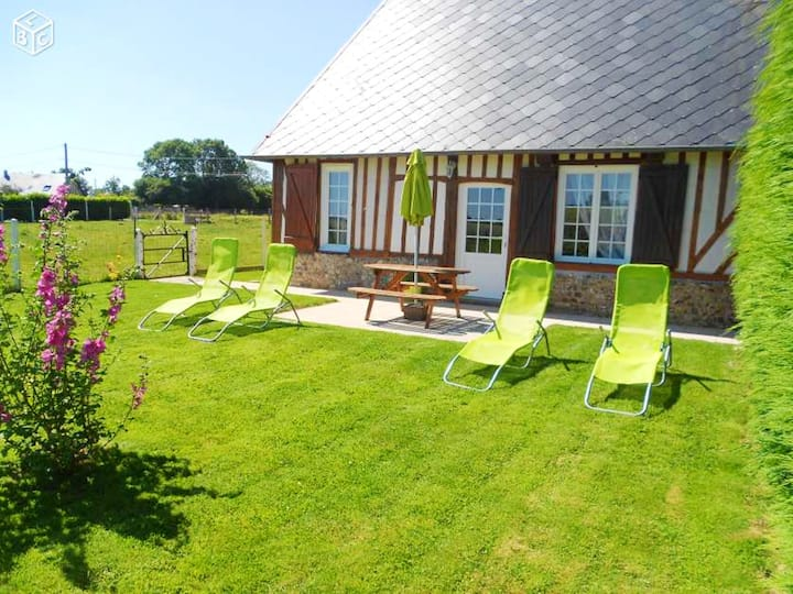 House with 2 bedrooms in Épreville-en-Lieuvin, with enclosed garden and WiFi - 30 km from the beach