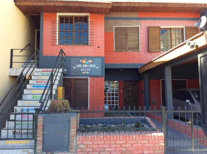 Hostel Los Nomades, opciones veggies & culturales