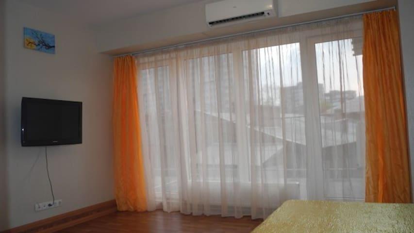 АП27д 9-Квартира-студия с большим балконом - Dnipropetrovs'k - Apartamento