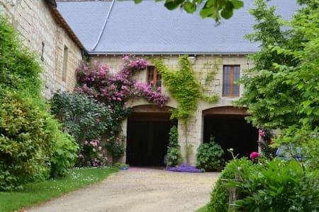 Maison D'en-Haut - Usseau
