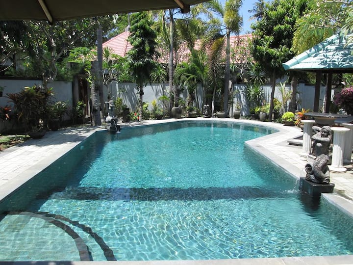 Bali Holiday Villa Biru in Sanur