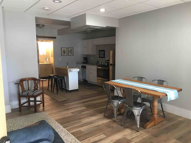 New One-Bedroom Apartment in Downtown Truckee