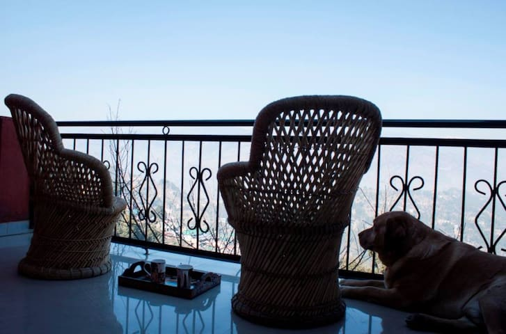 Cedar Villa Home Stay, Dalhousie - Dalhousie, District Chamba - House