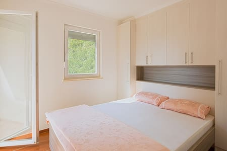 Charming flat with Sea View - Sveti Stefan - 公寓