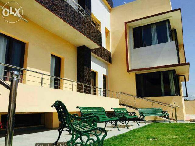 Single occupancy Rooms INR 2000 - Sahibzada Ajit Singh Nagar - Bed & Breakfast