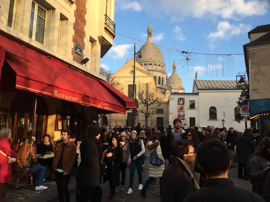 Montmartre : un village dans Paris...