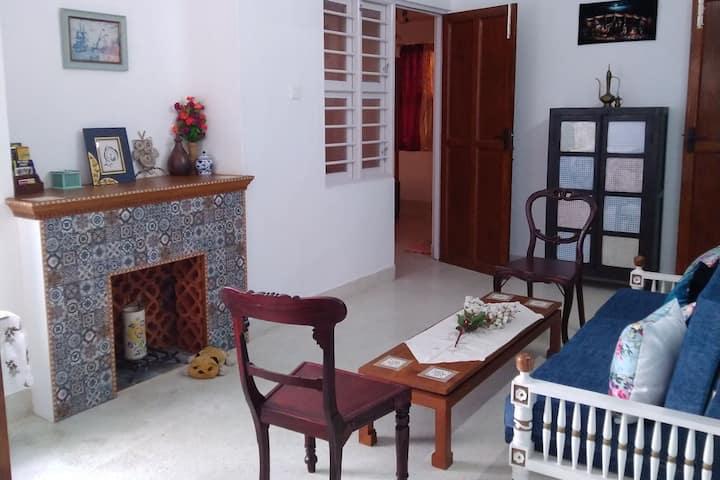 Petit Maroc - Boho Chic Apartment near the beach!