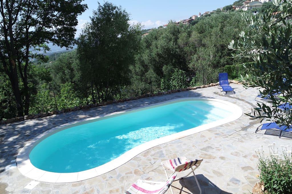 Villa con piscina ad ascea townhouses in affitto a ascea campania italia - Villa italia piscina ...