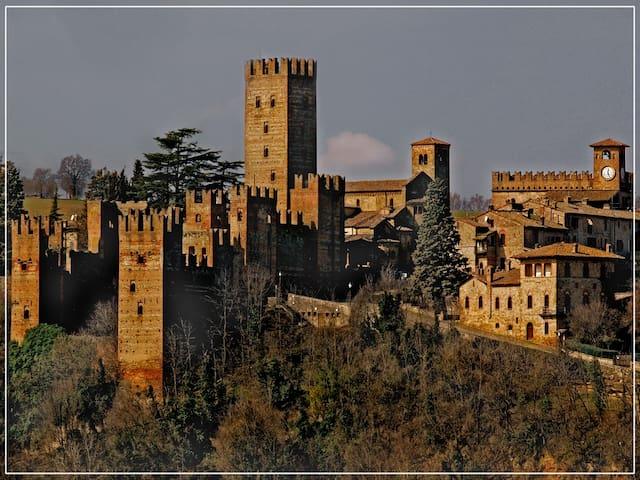 Casa del '600 in borgo medievale - Castell'Arquato - Ev
