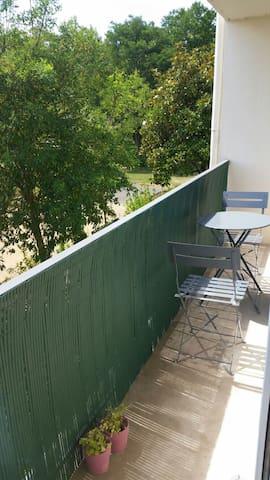 3 pièces tout confort avec balcon - Angers - Appartement