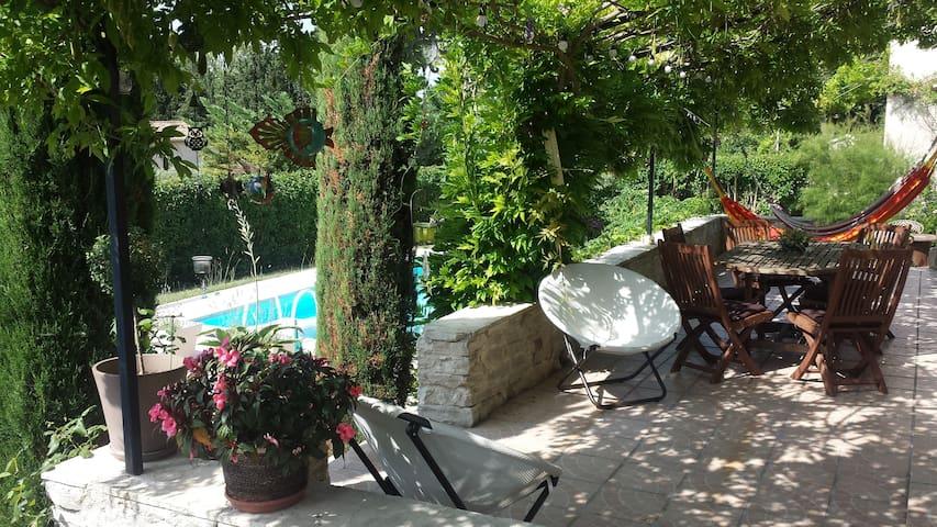Chambre ZEN vers Aix en Provence - Coudoux - Villa