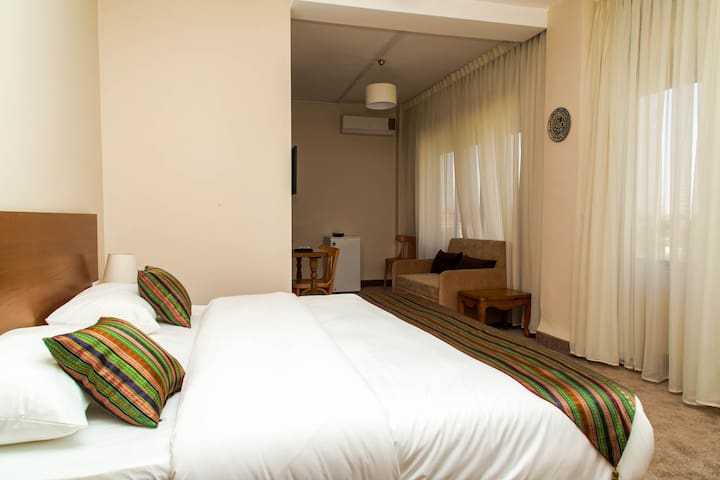 Antika Amman Hotel - Amman - Bed & Breakfast