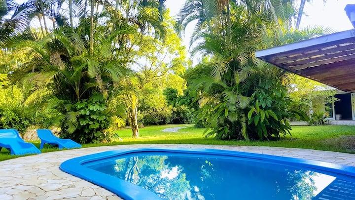 Linda casa, Caraguatatuba 1,5 km da praia