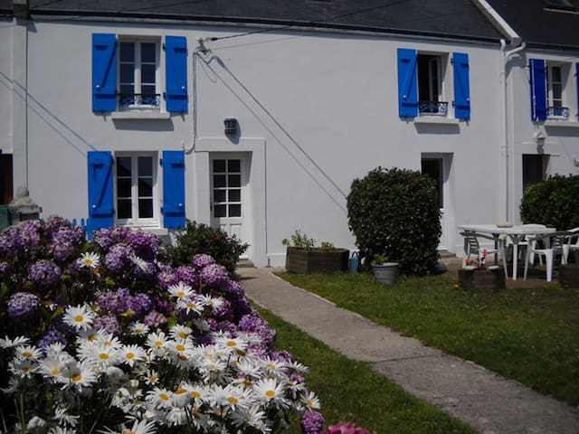 Maison sur l'île d'Ouessant - Ushant - Haus
