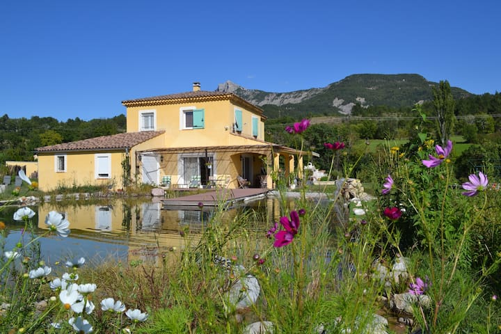 Villa Ananda - Sisteron - วิลล่า