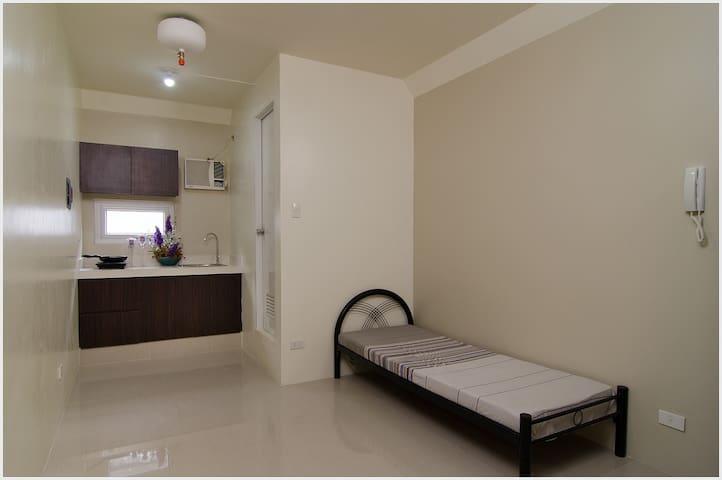 Studio Apartment for Rent - Recto - Manila - Apartment