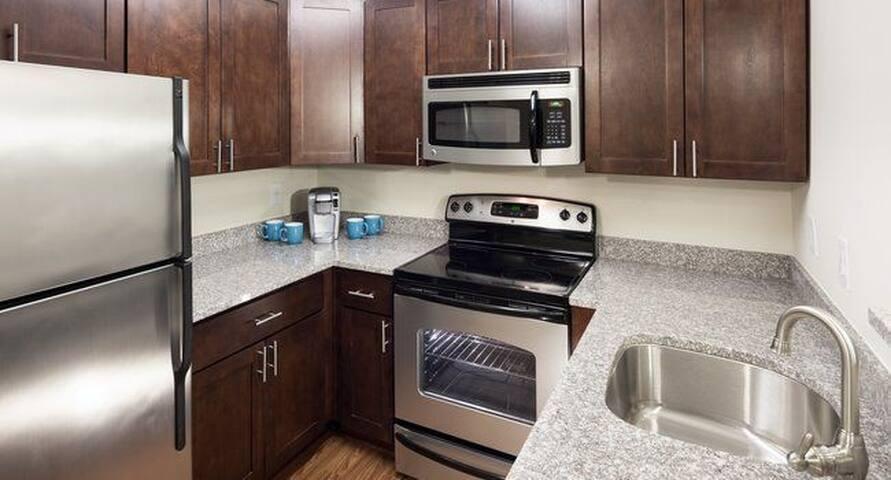 Convenient Clean Apartment!