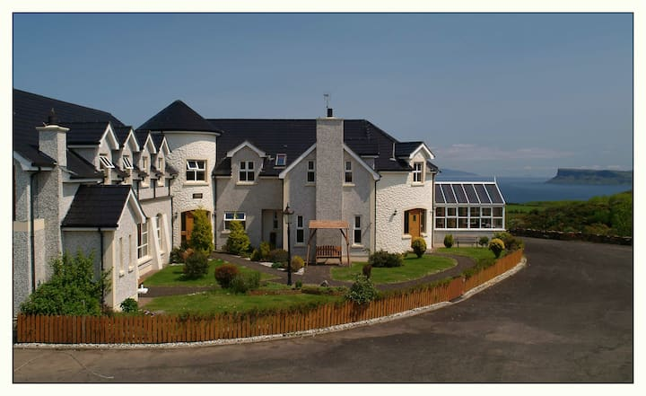Giants causeway ballycastle luxury