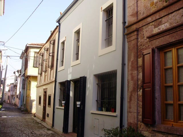 AYVALIK BLUE HOUSE