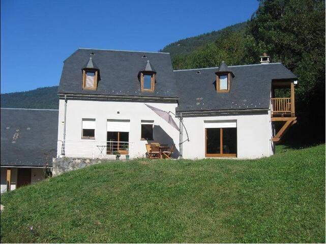 Maison pyrénéenne - Saint-Lary-Soulan - Rumah