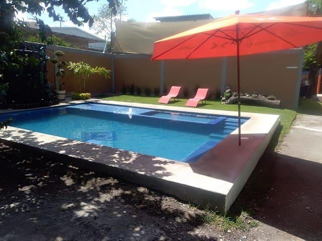 Casa de los Abuelos Tequesquitengo Morelos