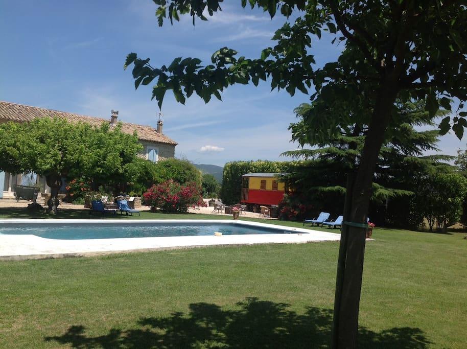 Maison d 39 h tes de charme provence chambre jardin for Maison hote provence
