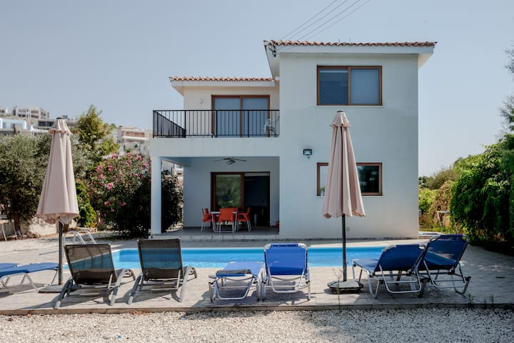 seaside  villa with private pool in paphos