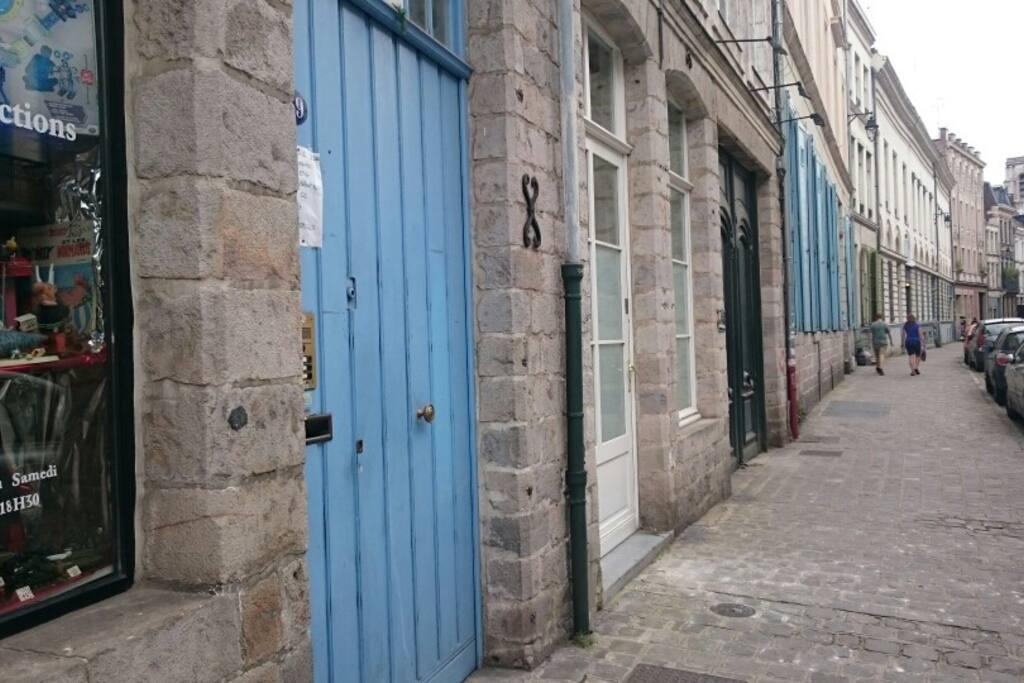 Studio au coeur du vieux lille appartements louer for Au coeur du jardin lille