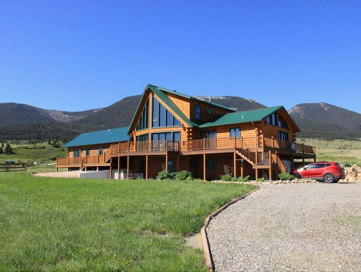 Perfect home for a family vacation to Yellowstone