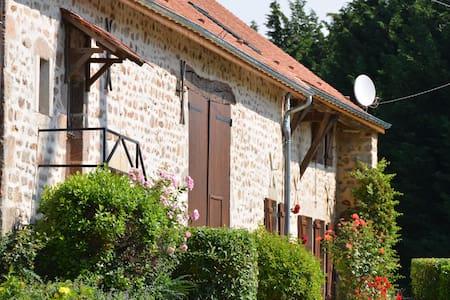 Le Hameau du Château - Saint-Martin-du-Puy