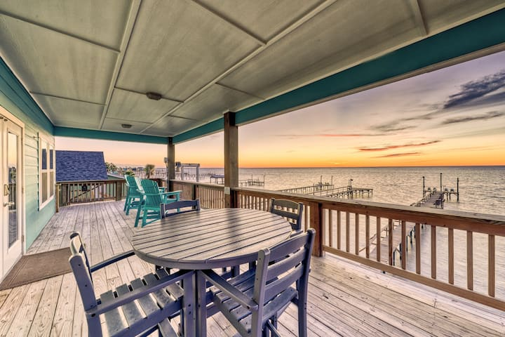 Family-friendly, waterfront home w/ balcony, private pier, & amazing views!