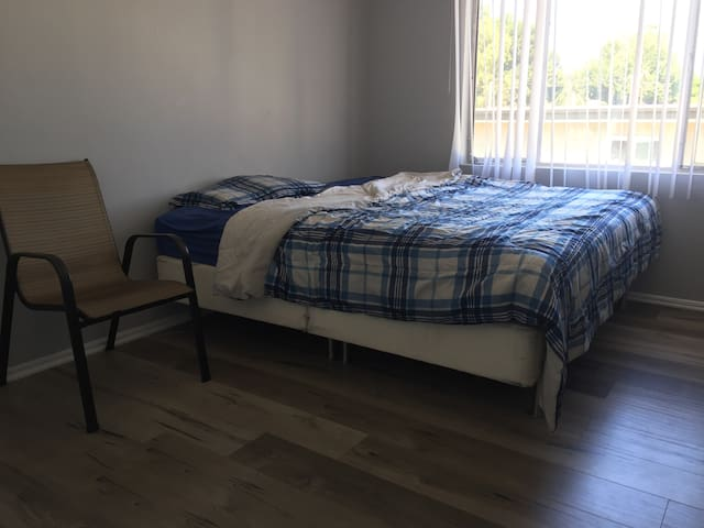 Newly refurbished Room Baldwin Park Los Angeles