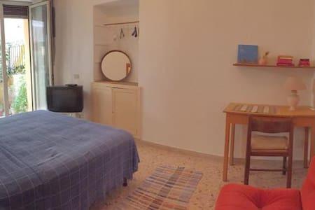 private room city center - Taormina