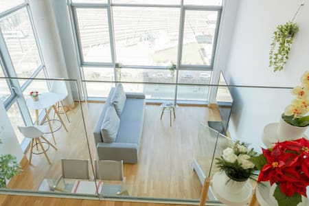 LOFT apartamento duplex Suite con parking Gratis