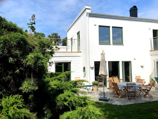 Prime location -  Newly built villa in Falsterbo