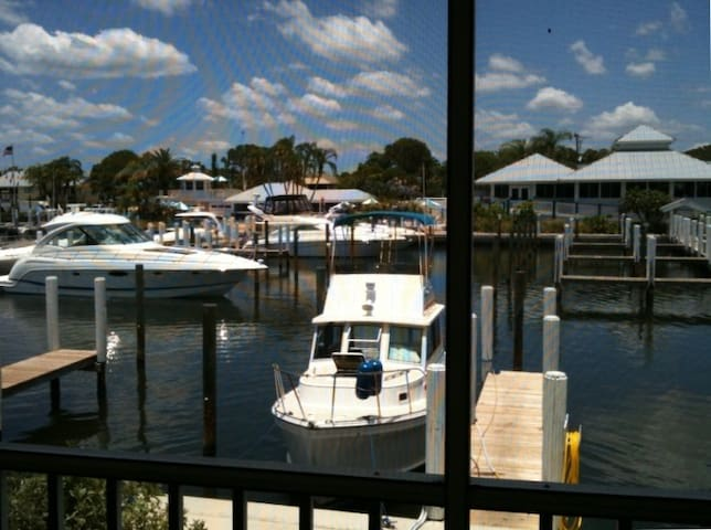 Waterfront Condo on Intracoastal - Cape Haze - Appartement
