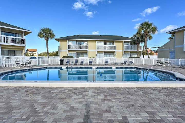 Cozy Destin Studio at Marina w/Pool & Beach Access