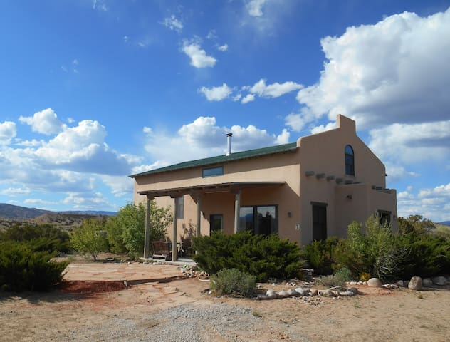 Casa Paloma - Centrally Located Abiquiu Gem - Abiquiu - Ev