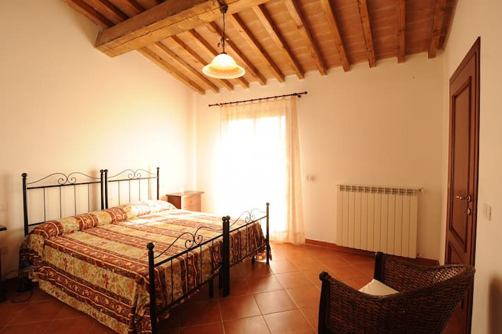 Apartment Fhon - Fattoria Casanova - Palaia - Appartement