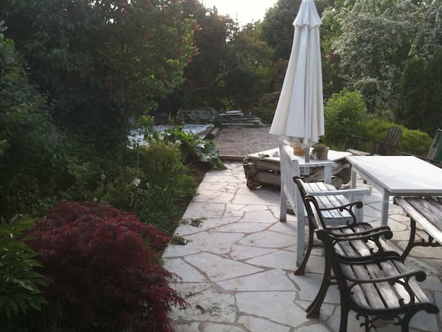 Cozy house and garden 180 sq mtrs - Stockholm - Haus